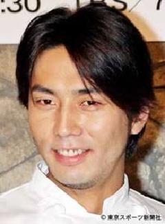 俳優で顔が売れてるから不倫がバレてアパ袴田というイメージがついてしまったけど一般人で袴田吉彦の顔で身長180cmもあれば周りの女性は放っておかないだろうな売れ